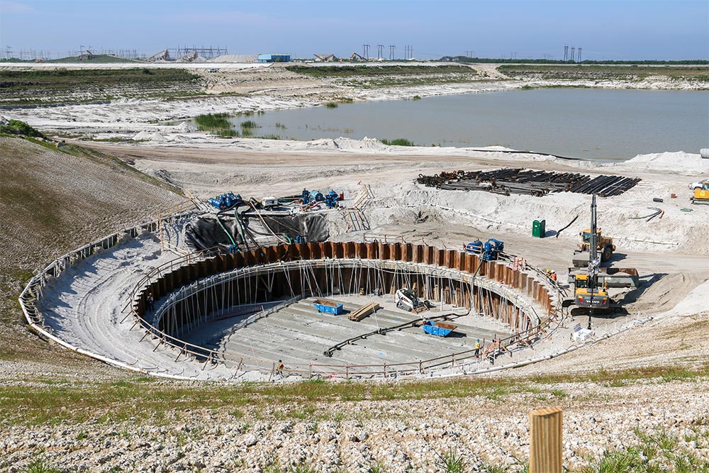 L-8 Reservoir Construction, February 2014